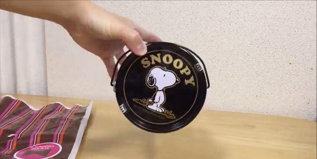 スヌーピーバレンタインチョコペール缶3