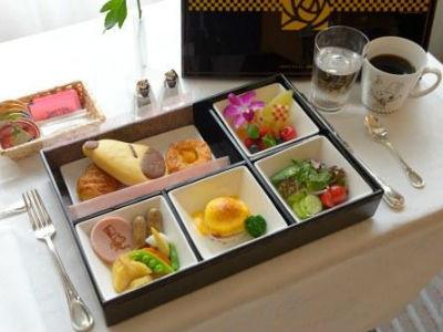 帝国ホテル東京グランドシェフスヌーピー4-1