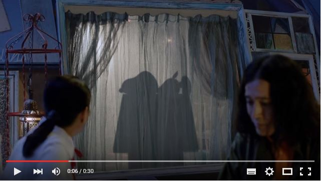 スヌーピーソフトバンクCM映画「I LOVE スヌーピー」MOON RIBAR「影」篇ヘッドフォン1