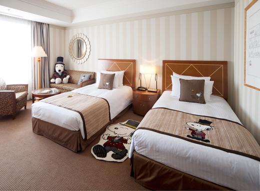 スヌーピー帝国ホテル大阪2016ドアマンスヌーピー1
