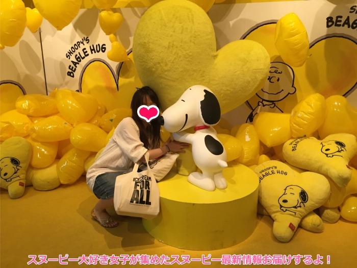 スヌーピーと札幌の65周年イベントで再会♪ビーグルハグでハピネス♡