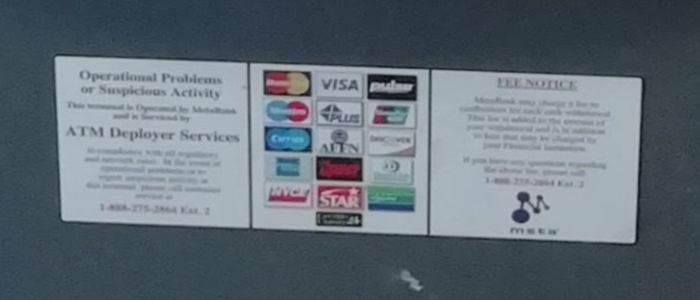 スヌーピーアメリカサンタローザ外貨両替できないPLUS海外ATMコインランドリー2
